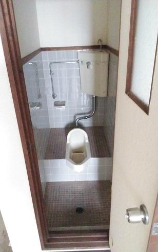 トイレ202